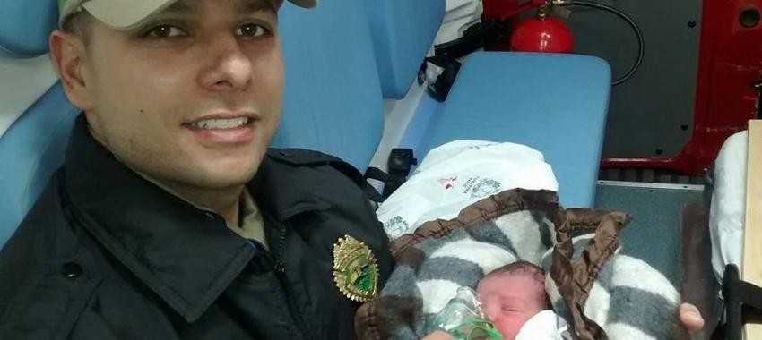 Resultado de imagem para Começa a valer a partir de hoje licença paternidade de 20 dias para militares